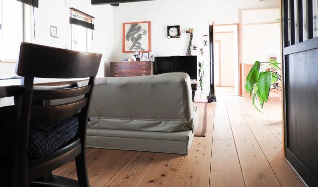 ダイニングの家具
